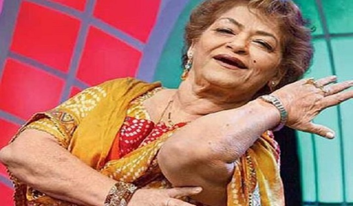 Saroj Khan: Celebrated Bollywood choreographer dies at 71
