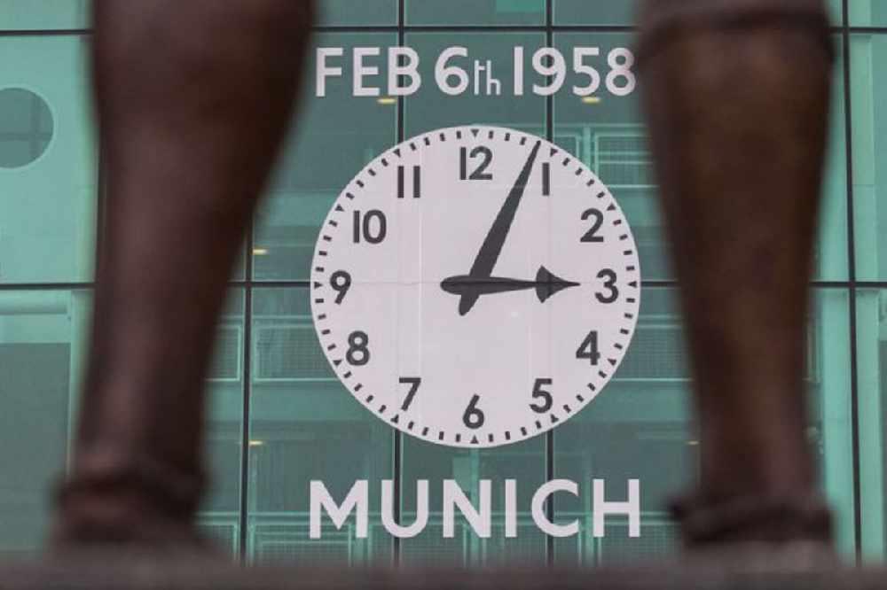 Harry Gregg describes Munich air disaster