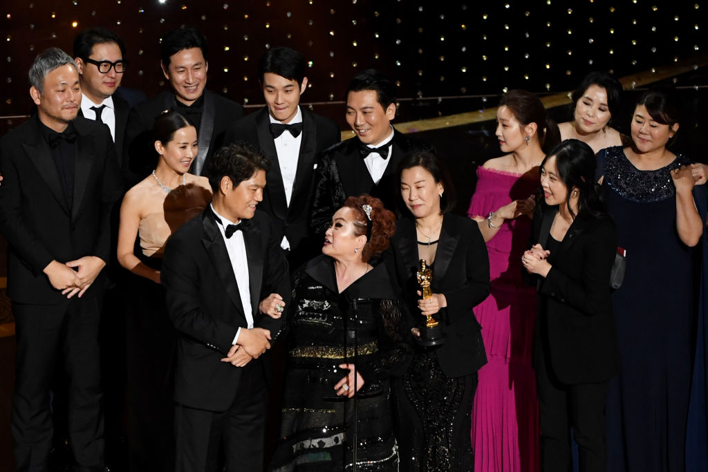 The Cast and Crew of 'Parasite' accept the award for Best Picture
