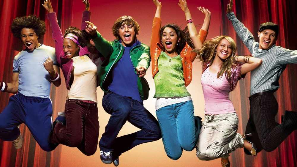 The Cast Of High School Musical Are Reuniting For One Epic Sing-Along