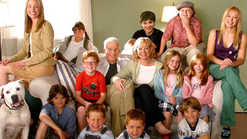 'Cheaper By The Dozen' cast recreate scenes in throwback video