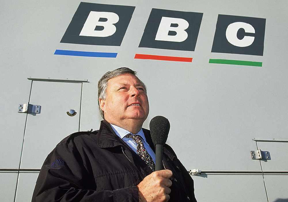 Legendary BBC Golf commentator Peter Alliss dies aged 89