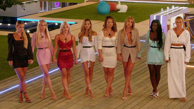 Love Island contestant accused of getting 'secret boyfriend' again house