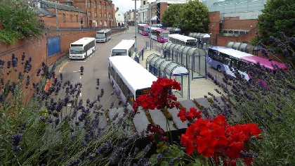 worcester buses © Copyright Philip Halling and licensed for reuse under this Creative Commons Licence.