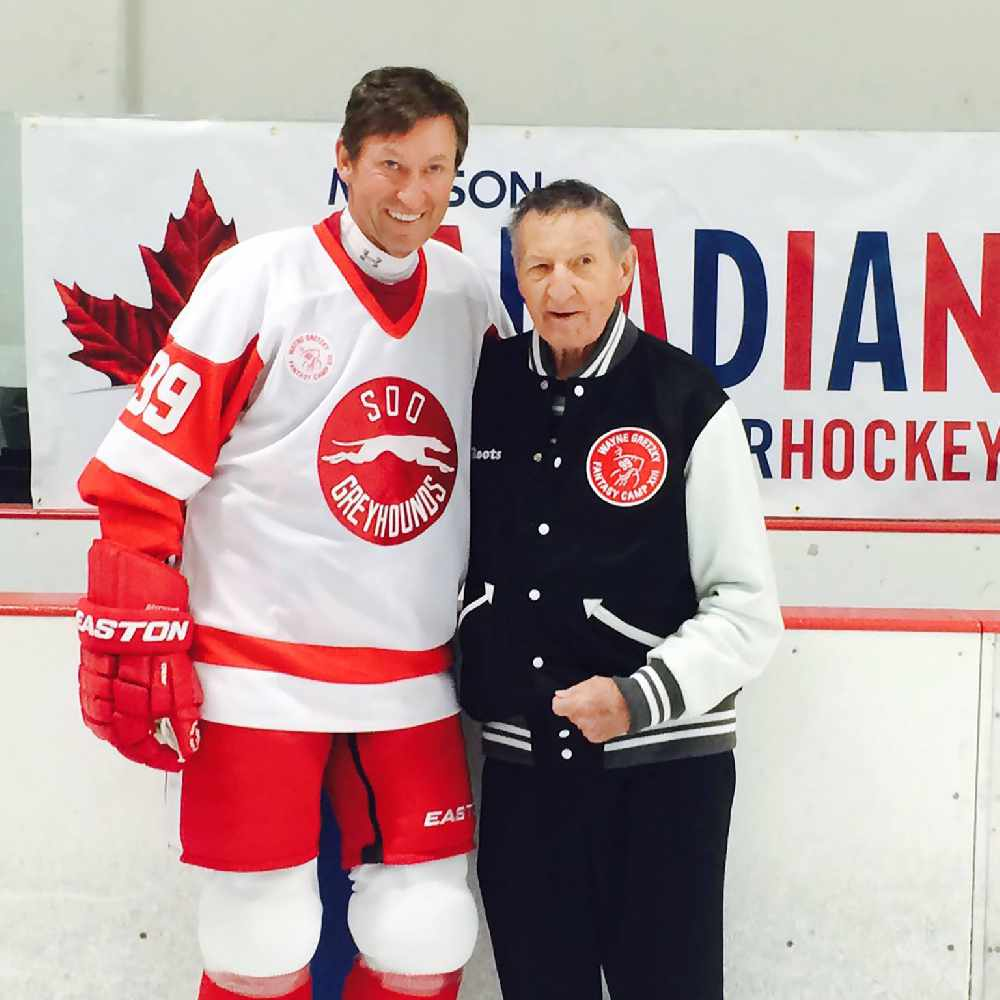 Canada's famous hockey dad, Walter Gretzky, has died