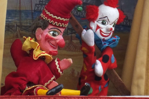 punch and judy (web)