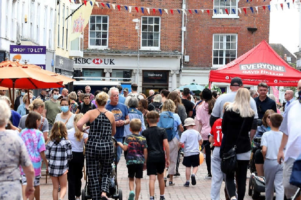 chichester summer street party article
