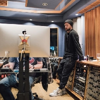 Justin Timberlake shares new music