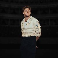 Niall Horan announces live show