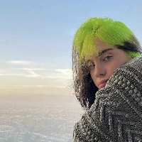 Billie Eilish shares behind the scenes videos
