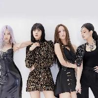 Blackpink is hosting a live stream concert