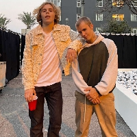 The Kid Laroi teams up with Justin Bieber